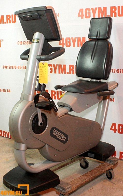 TechnoGym* Synchro Excite 700 Recumbent bike Горизонтальный велотренажер