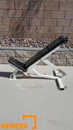 Life Fitness Pro Style Adjustable Flat Bench Универсальная скамья